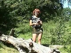 Amateur outdoor big black dildo