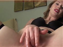 Mommy Wants You To Lick Her Pussy