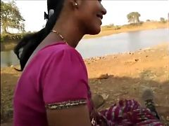 Desi randi village bhabhi sucking guy's cock talking sexy