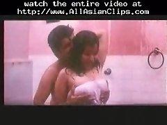 Indian reshma taking bath asian cumshots asian swallow