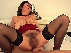 Squirting mature hairy brunette