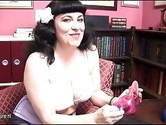 Curvy mature burlesque at home
