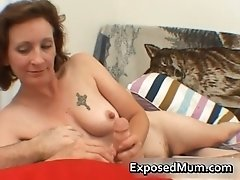 She is horny and devouring hard penis by exposedmum