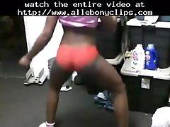 Sexy ebony babe isabella rahman shakes her great ass