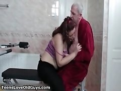 Fat brunette girl goes crazy getting her pussy licked a