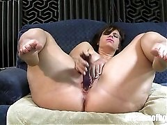 PAWG Virgo Peridot in Sexy Spread HD
