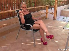 Susan high heels dangling video