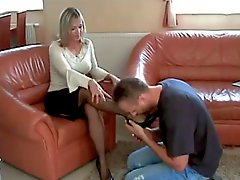 Mature Footworship