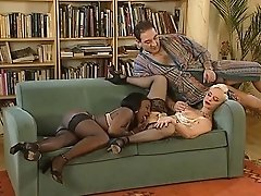 Mature Sonja Muere fisted in anal
