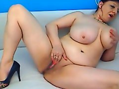 Huge boobs mature masturbating on cam