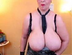Sexy slut with nice hangers